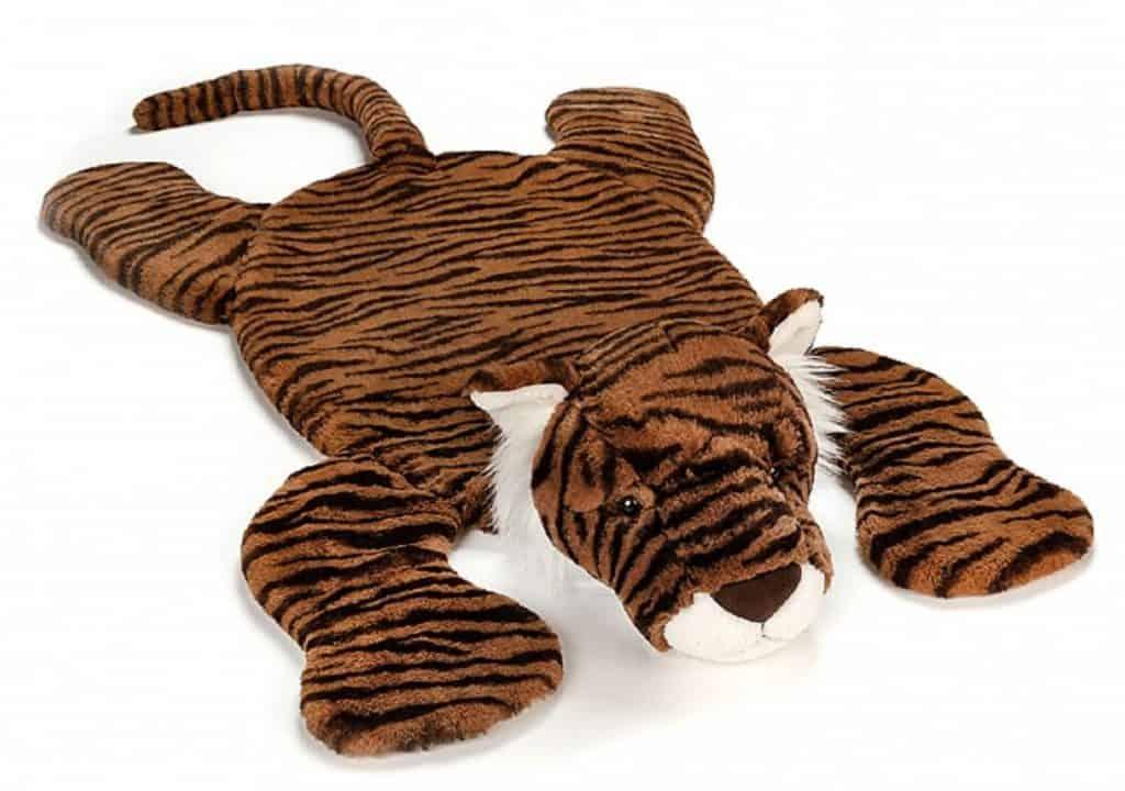 Lekmatta Jellycat Tia Tiger ligger på golvet